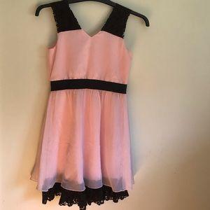 Blush  Us Angles 👛👛 sweet sleeveless dress